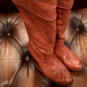 Frye Melissa Boots Excellent Condition 8.5